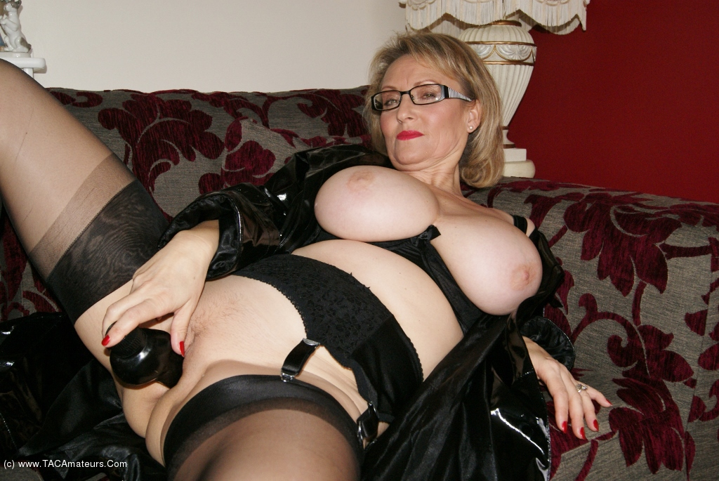 Busty mature milf dressed up