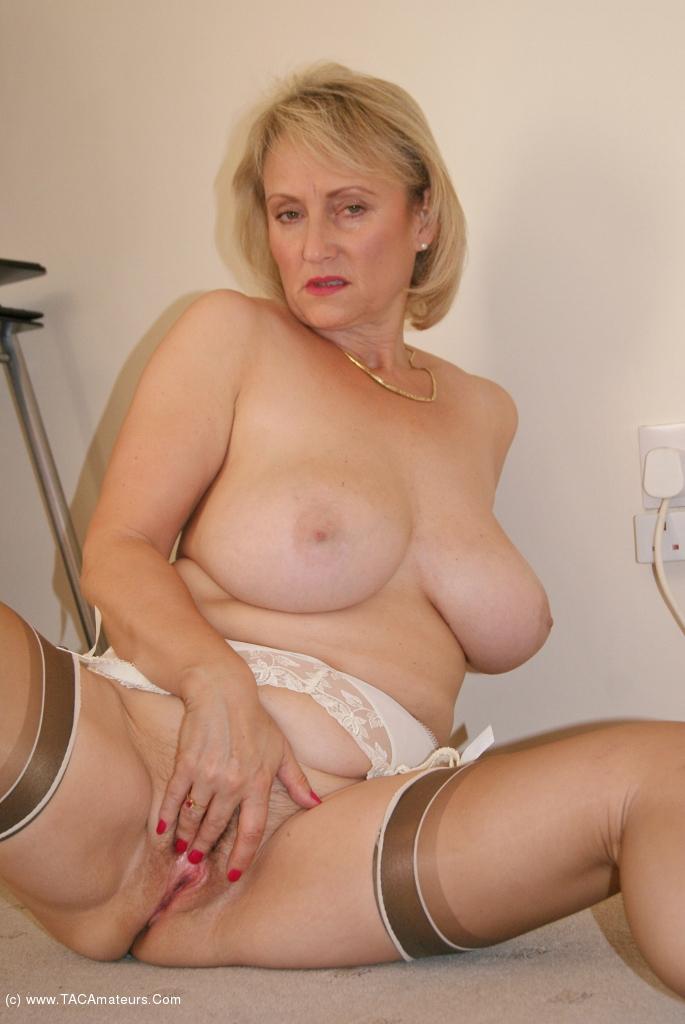 Porn matures gallery girls nylon in
