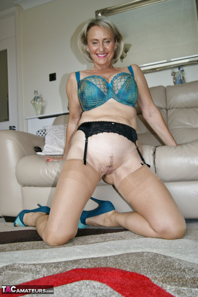 Hot milf wants to fuck